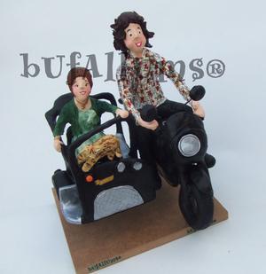 PARELLA AMB MOTO I SIDECAR - Bufallums