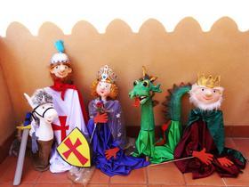 Titelles per representar la Llegenda de Sant Jordi